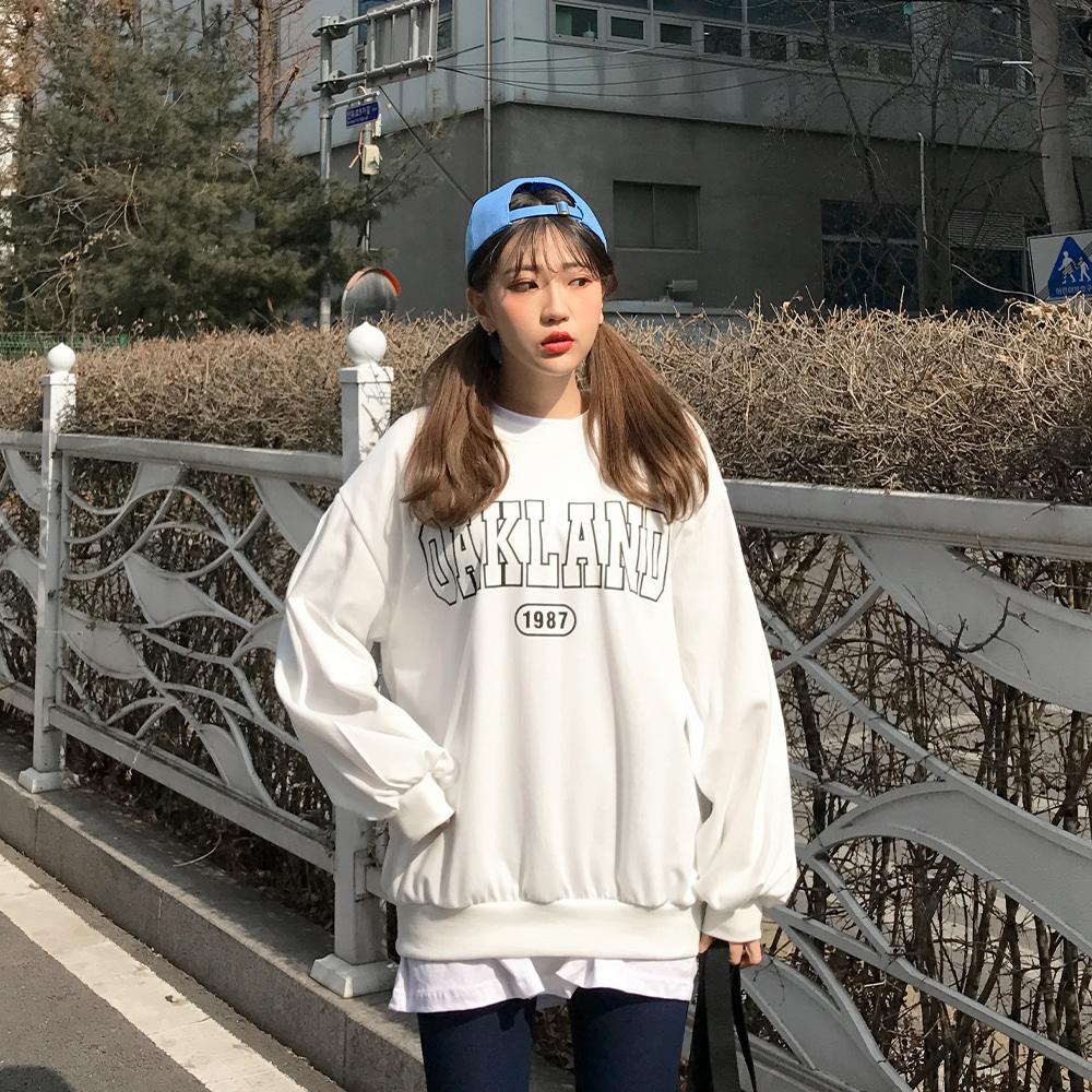 [무료배송](쭈리)오클랜드 벌룬맨투맨 <br> 티셔츠 맨투맨 프린팅 오버핏